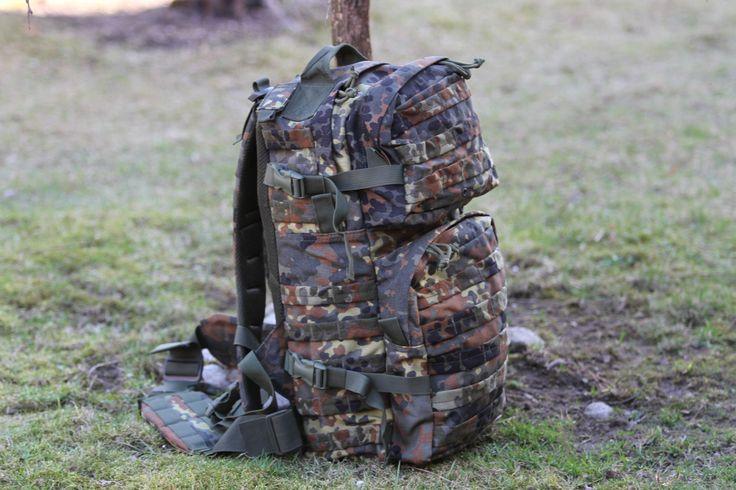 Rupsak je vhodný na turistiku, cestovanie a poskytuje veľmi veľký úložný priestor. http://www.armyoriginal.sk/1741/110185/takticky-ruksak-ranger-flecktarn-invader-gear.html