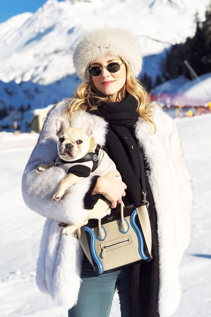 How It Girls Dress For The Snow Chiara Ferragni Snow Outfit Skiing Outfit