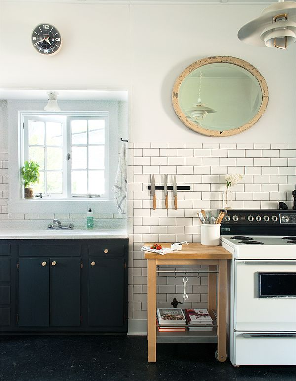 In love with this budget kitchen remodel, and this blog!