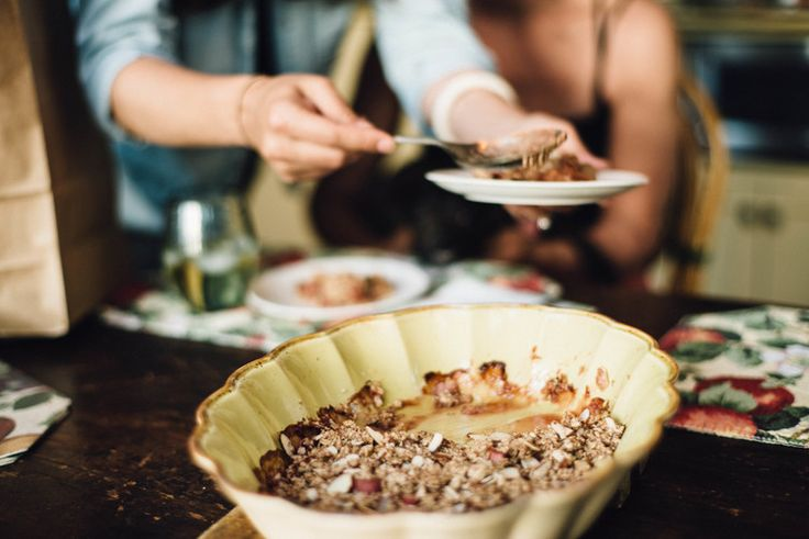 strawberry and rhubarb crumble | GEMS AND JEWELS | Pinterest