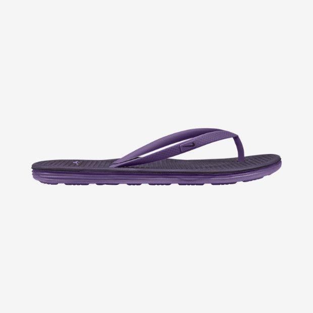 Sendal Nike Solarsoft Thong II 488161-504 ini sengaja didesain simple. Diskon 10% untuk sendal ini dari Rp 249.000 menjadi Rp 224.000.