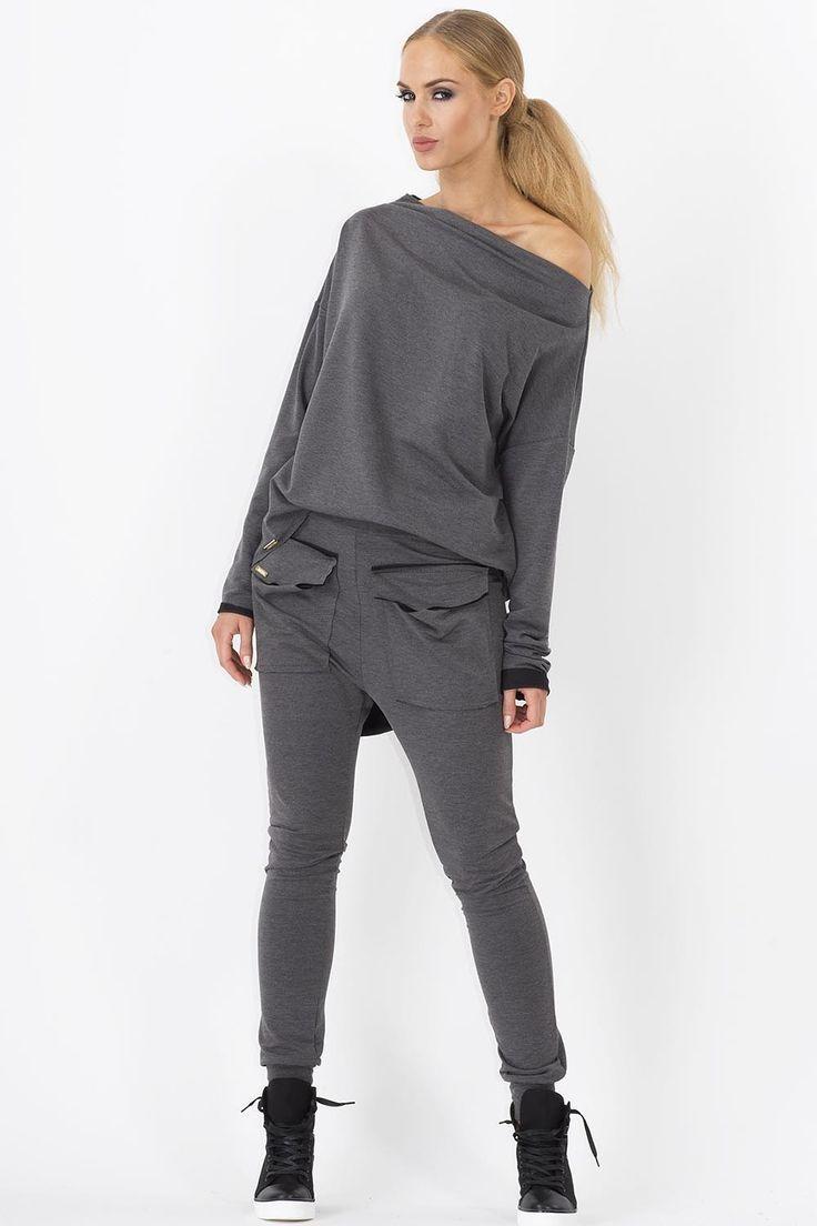 Spodnie Makadamia M141 dresowe - grafit Modne, dresowe spodnie damskie. ...  https://www.mega-ciuchy.pl/spodnie_makadamia_m141_dresowe_grafit