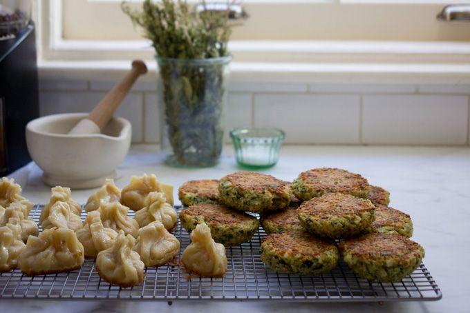 BAKED QUINOA PATTIES (chives, dill, kale, bread crumbs, feta)