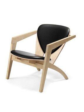 Tilbud på Butterflystolen med sort Viking læder. Model GE 460 Butterfly lænestol tegnet af Hans J. Wegner. Fri fragt!