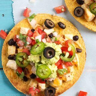 Tostadas are essentially giant nachos, right?!l 🙌🏼 Loaded Nacho Chicken Tostadas for #nationalnachoday (Link in profile) http://www.skinnytaste.com/loaded-nacho-chicken-tostada/  7 #SmartPoints- 299 Calories