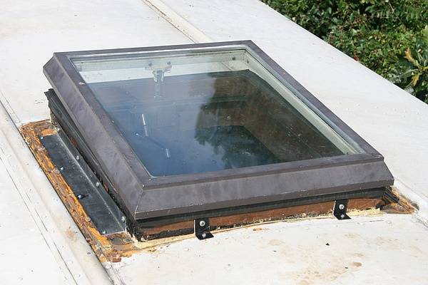 Skylights for jake 39 s school bus rv conversion the for Rv workshop