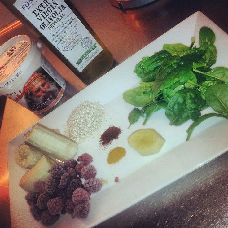 Hälsokur: banan, hallon, ingefära, chili, gurkmeja, babyspenat, havrekli, yoghurt o olivolja