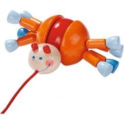Witajcie po świętach,   Dziś zaprezentujemy kolejne 2 nowości w naszym skalepie.   Pierwszą z nich jest zabawka do ciągania dla dzieci już od 12 miesięcy.   Haba 3438 - Śliczna, kolorowa, drewniana Zabawka do Ciągnięcia na Sznureczku lub zabawy na siedząco - Krab Calino.  Czy nóżki kraba poruszają się? Sprawdźcie sami:)  #haba #haba3438 #zabawkihaba #zabawkidopchania #zabawkidociagania #drewnianezabawki #zabakizdrewna
