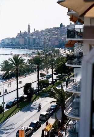 Boulevard de la Croisette ~ Cannes, France