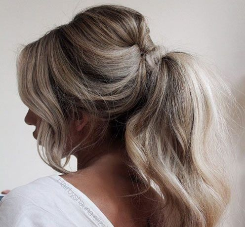 Quelle coiffure adopter avec votre robe en 2020   Coiffure de mariage moderne, Coiffure, Chignon ...