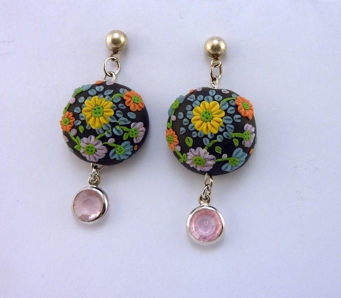 Orecchini in FIMO fatti a mano con motivo floreale e ciondolo di cristallo - Flower earring in fimo polymer clay handmade