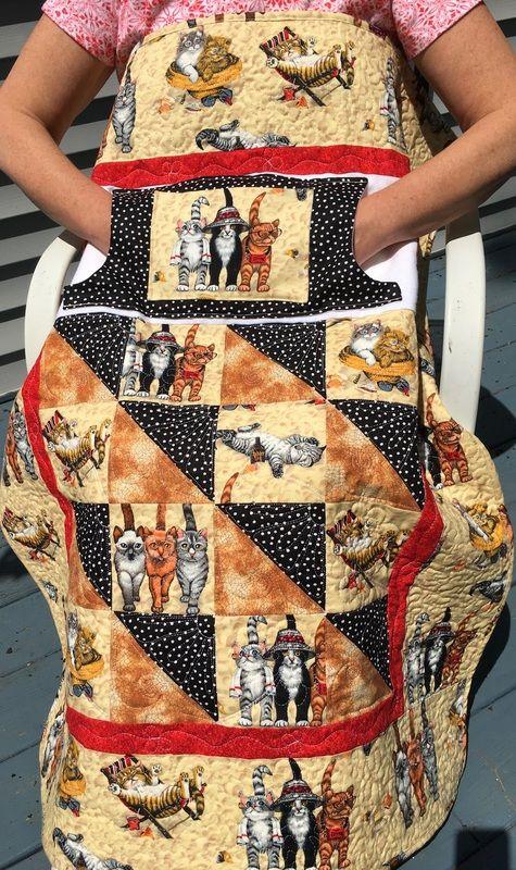Kitten Lovie Lap Quilt with pockets from http://www.HomeSewnByCarolyn.com