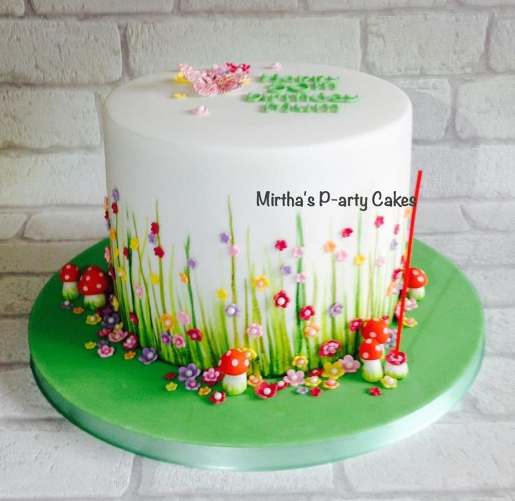 Spring flowery drum cake  - Cake by Mirtha's P-arty Cakes