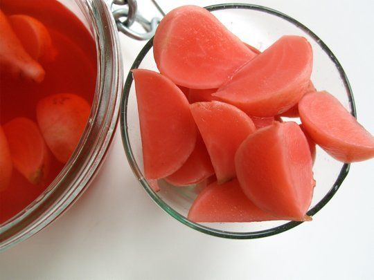 Pretty-in-Pink Pickled Radishes... Great way to use up radishes ...