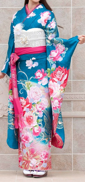 kimono...*I had a chance to wear one of these beautiful kimonos on my visit!