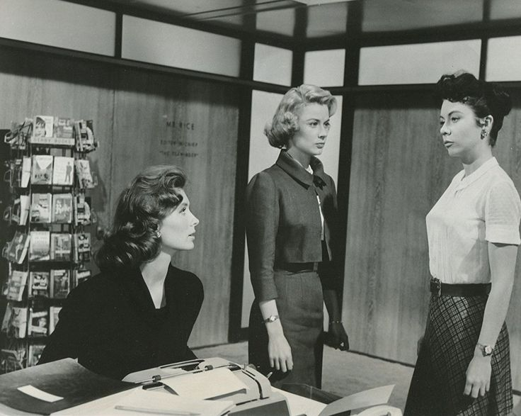Sue Carson, Hope Lange, and Suzy Parker in The Best of Everything (1959)