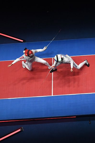 #RIO2016 Tunisia's Ines Boubakri competes against Russia's Aida Shanaeva during the womens individual foil bronze medal bout as part of the fencing event of...