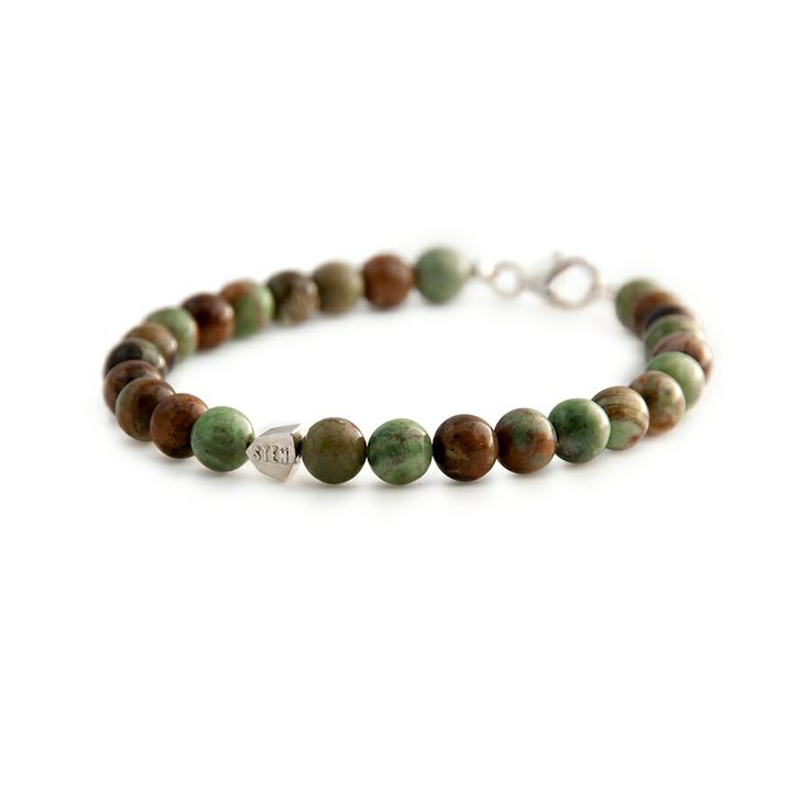 When selecting the African Jade Bracelet beads we got inspired from our Swedish forests. The beads vary in colour from green to brown with no bead similar to the second. Match with our Lava Bracelet and you have the perfect camo combination.