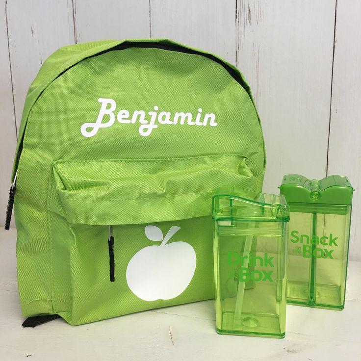 Het schooljaar loopt op z'n eind. Toch leuk om te zien dat er al  bestellingen binnen komen voor het komende schooljaar. Bijvoorbeeld deze appelgroene rugzak, met Snack in the Box en Drink in the Box in dezelfde leuke kleur. We hebben nog veel meer rugzakken in klein en groot welke we voor je kunnen personaliseren. https://www.chick-a-dees.nl/nl/gepersonaliseerde-rugzak-met-appel.html?utm_content=bufferd5bb6&utm_medium=social&utm_source=pinterest.com&utm_campaign=buffer #backtoschool #appel…