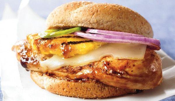 Гамбургер с курицей и ананасом - Кулинарный Рай