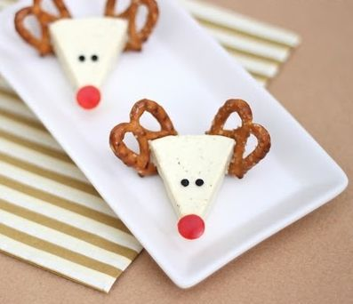 Christmas Appetizer Idea: Cheese Reindeers - Where Home Starts