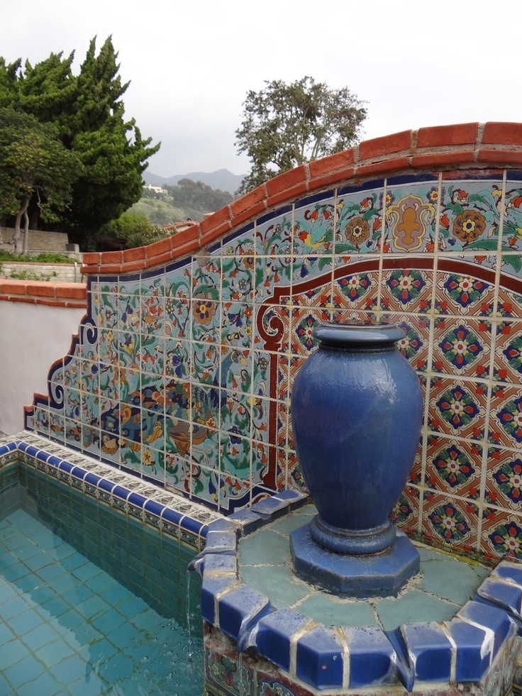 230 best tiled benches and fountains images on pinterest for Mexican style outdoor fountains
