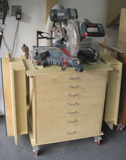 #miter saw stand. This or use existing stand and build side tables? Multi purpose the side tables.