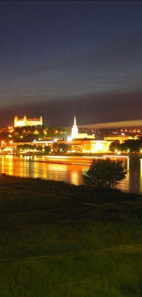 Travel to Bratislava with Swiss Halley! https://swisshalley.com/en/travel/show-offer/MzAyMw==