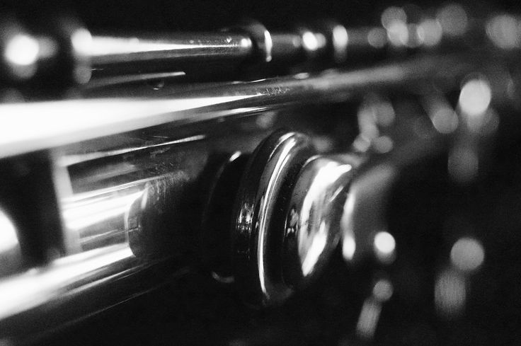 Solo for a silver flute (6) | http://jaapberghoef-fotografie.com | muziekinstrumenten, musical instruments, fotografie, photography, art, artistic, kunst, macro