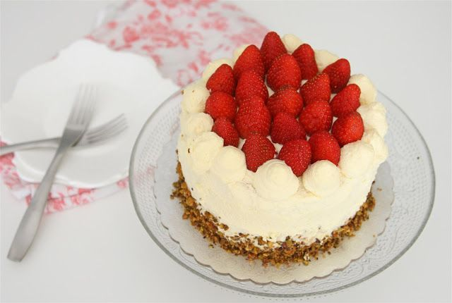 Japanese Style Strawberry Cake
