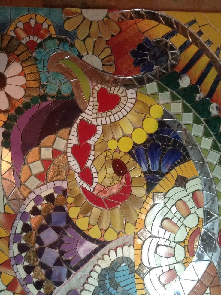 Usar cerámicas en vez de lápices de colores para hacer este colorido zentagle-mosaic