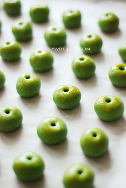 Chinese New Year Cookies: Green Pea Cookies