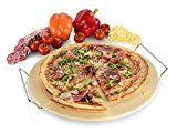 Sänger Pizzastein | Runde Form - Durchmesser 38 cm | Die Lieblingspizza ganz einfach perfekt zubereiten | Ein knuspriger Pizzaboden ist garantiert | Mit praktischer Metall Halterung