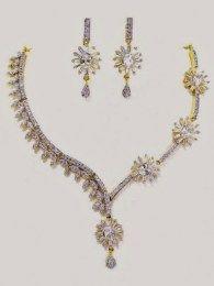 Splendid Necklace Set