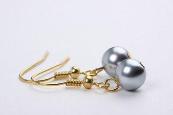 Petite Bella Pearl Earrings – Jewel Online