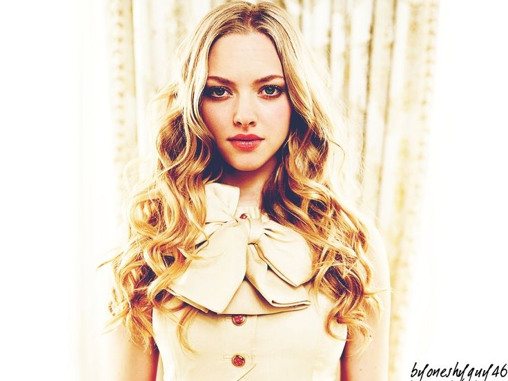 Amanda Seyfried: always beautiful no mater what she is wearing or how much make-up she has on.