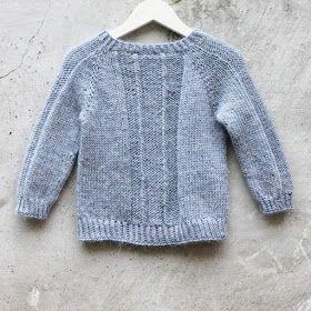 """Inspireret af den danske vinterkommer her en nymodel med twist, strikket i Lamauld.   """"Twist"""" eren strikkeopskrift, på en enkel glatst..."""