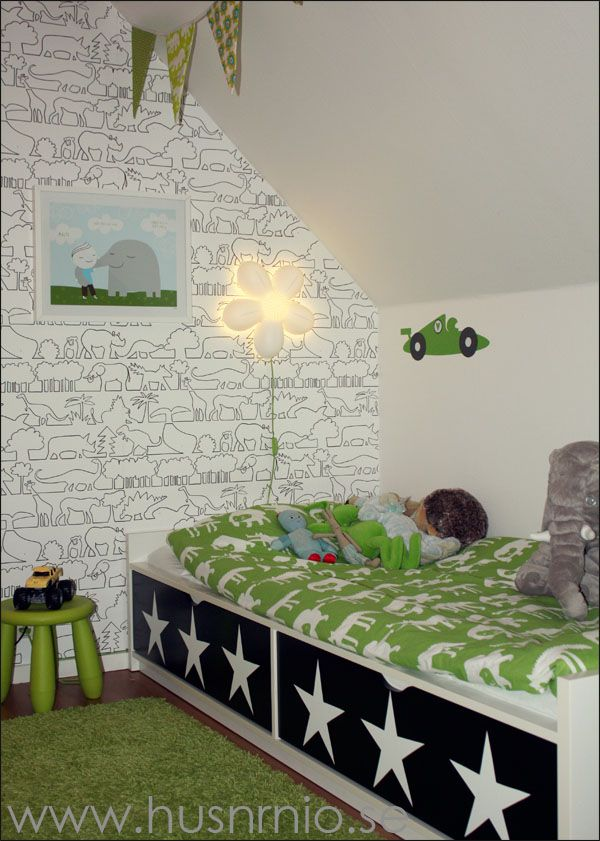 Pimpad säng i barnrum   HUSnrNIO