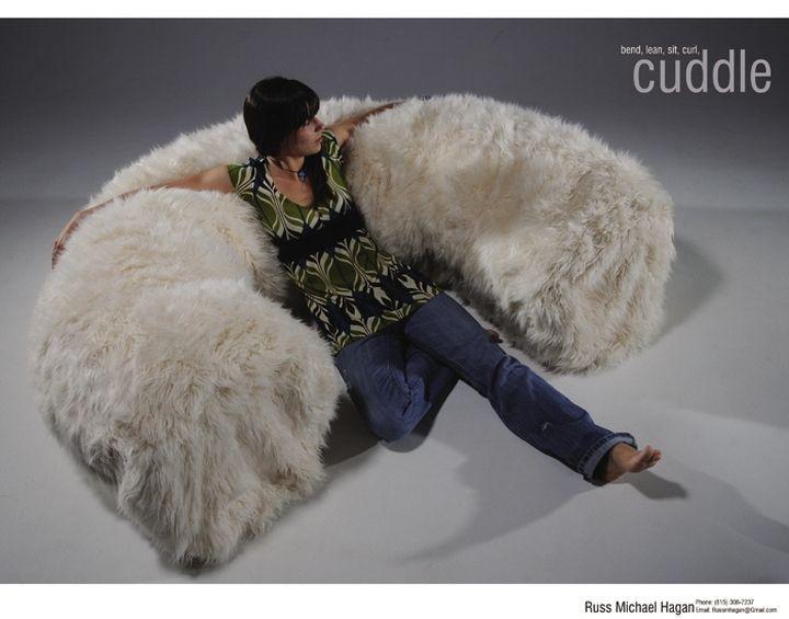 Russ Hagan, Cuddle, il divano da coccolare