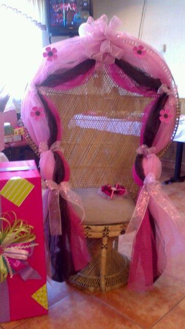 Silla para festejada en baby shower por nancy eventos for Sillas para eventos