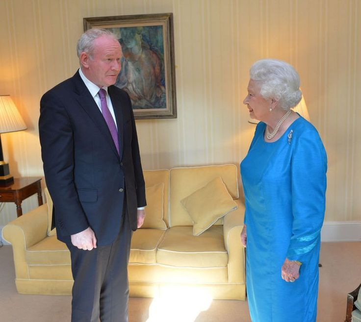 Queen sends private message of condolence to widow of Martin McGuinness as sources tell of strong rapport over faith | Christian News on Christian Today