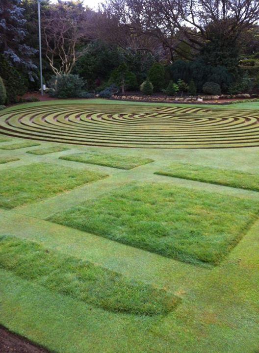 Lawn patterns at Cockington Gardens, Australia