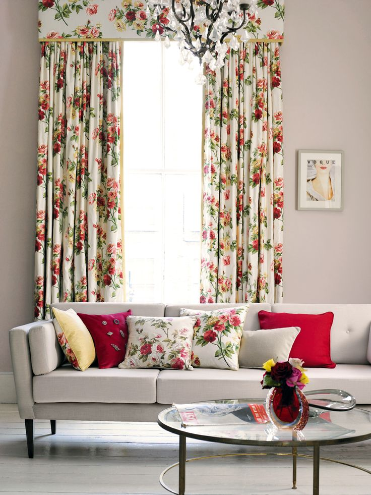 Sanderson Swallows Tapete : Eglantine Rose Fabric