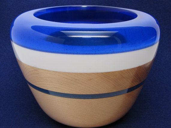 Handcrafted Wooden Bowl made of Maple Wood with a by Colemancrafts