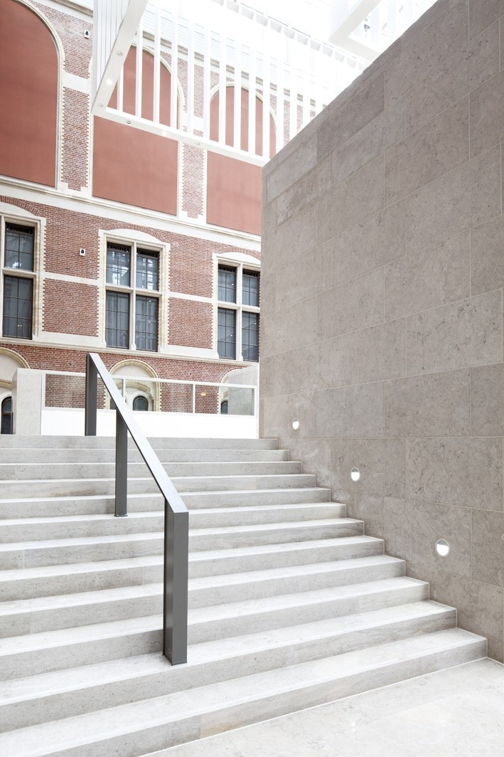 Follow us on our way to reopening in 2013! www.rijksmuseum.nl. Photo: Arie de Leeuw.