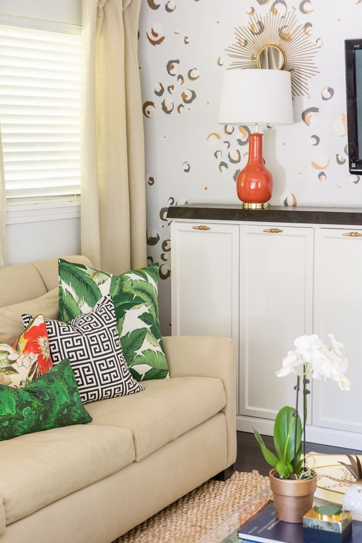 Amanda Louise Interiors One Room Challenge Green And Coral Living