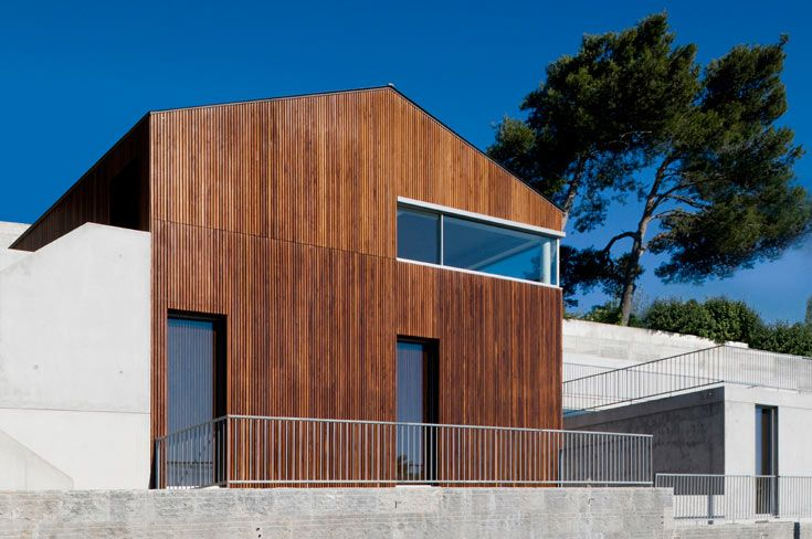 House by Frederico Valsassina Arquitectos