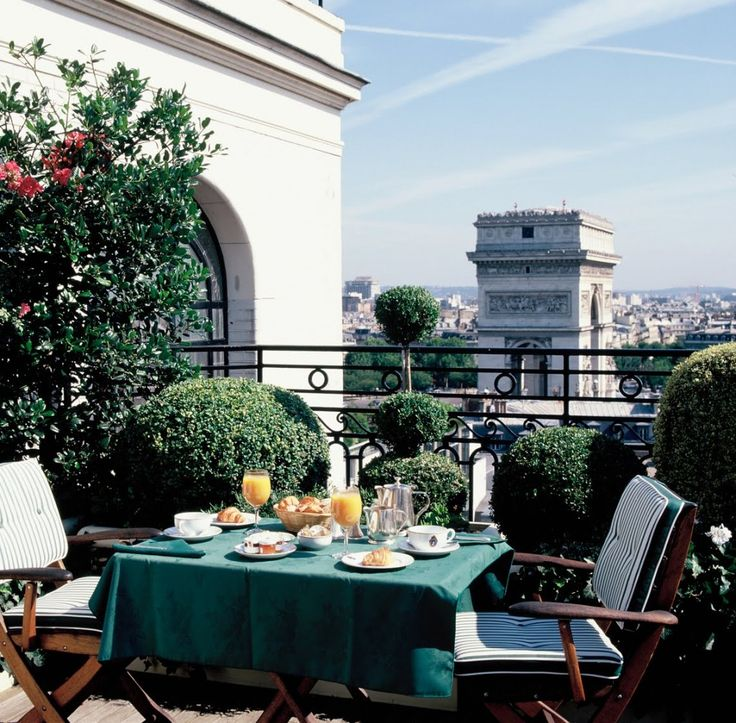 5 star hotels in Paris
