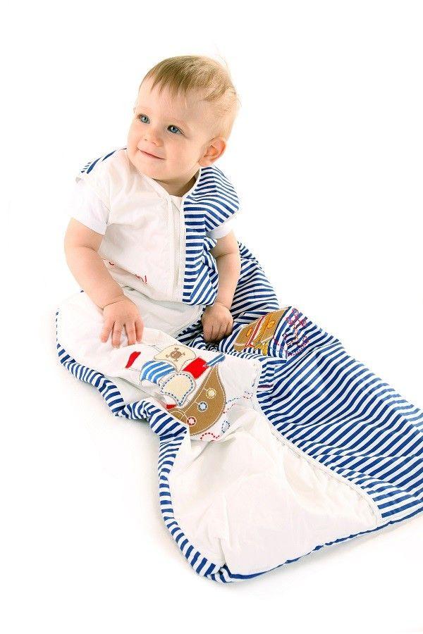 """""""PIRAT"""" - Unser Babyschlafsack Design Pirat ist bei kleinen Jungs sehr beliebt. In diesem Schlummersack kuscheln sich kleine Schatzsucher am liebsten ins Bett und hören den Piraten Gutenachtgeschichte zu. Diesen süßen Schlafsack findet ihr auf www.schlummersack.de"""