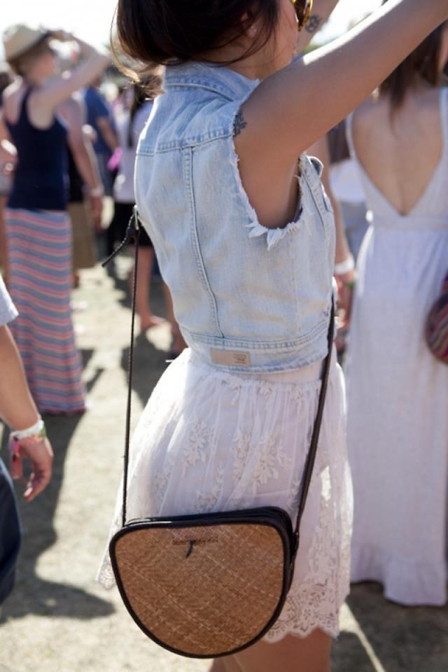Yılın dört gözle beklenen festivali #RockNCoke2013, bugün başlıyor! Eğer sen de oradaysan, 6-7-8 Eylül boyunca #festivalstilim hashtagi ile fotoğraflarını tweetlemeyi unutma ;) Günaydın! #rockncoke2013 #RocknCoke #arcticmonkeys #festival #party #fun #prodigy #festivalstyle #music #istanbul #duman #hazerfan #musicfest #friends #rock #style #stylish #cocacola #look #like #ticket
